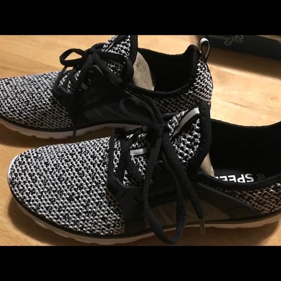 cc617b639 Champion Shoes - Champion C9 Speed Knit Shoes Size 9